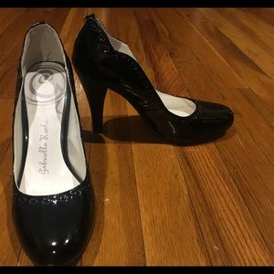 Shoes - Retro styled Gabrielle Rocha patent leather pumps